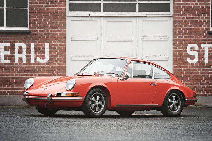 1970 PORSCHE 911 S-SPEC 2.2-LITRE COUPÉ